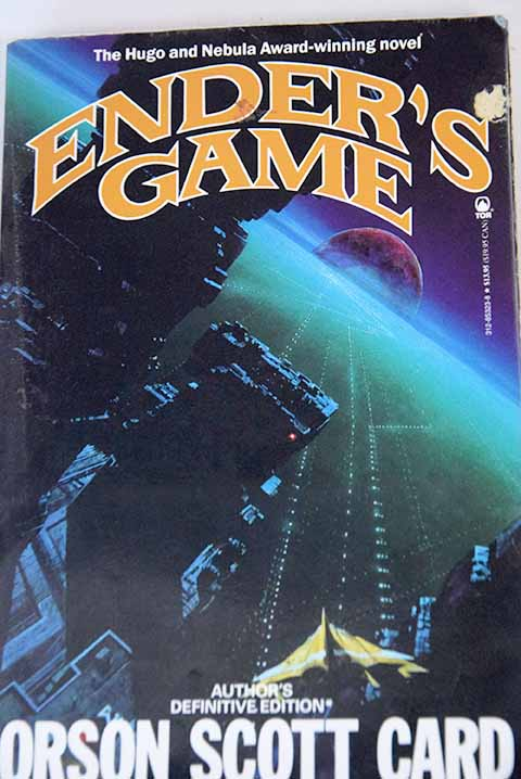 Ender s game / Orson Scott Card
