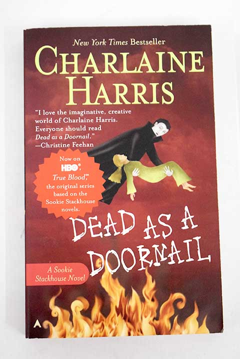 Dead as a doornail / Charlaine Harris
